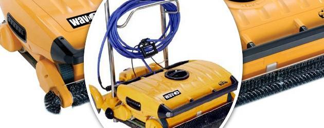 Robot piscine electrique Dolphin WAVE 200XL telecommande et chariot - Robot piscine Dolphin WAVE 200XL grande puissance de filtration et interface MMI