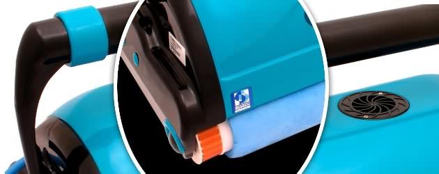 Robot piscine electrique Aquabot MAGNUM avec chariot et radiocommande - Le robot nettoyeur de piscine électrique professionnel MAGNUM