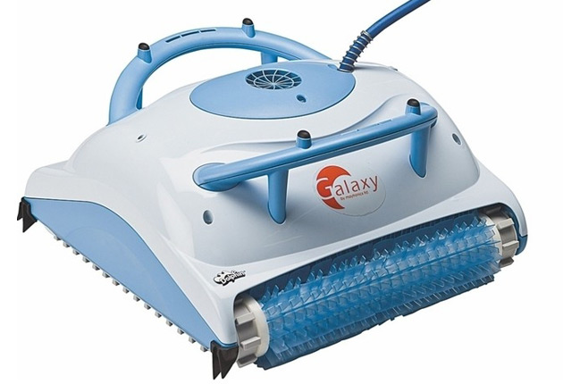 Robot piscine electrique Dolphin GALAXY brosses combinees - Robot piscine électrique Dolphin GALAXY Nettoyer en profondeur